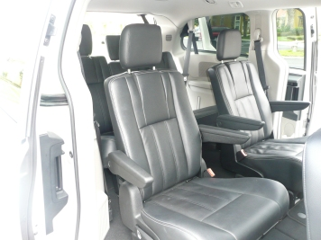 3rd row vehicles best leg room autos post. Black Bedroom Furniture Sets. Home Design Ideas